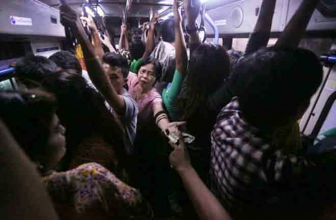 Dân Myanmar khổ sở vì hệ thống xe buýt mới