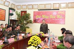 Bộ trưởng Tô Lâm kiểm tra công tác sẵn sàng chiến đấu của Công an HN
