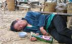 Học cách sơ cứu người say rượu đúng cách