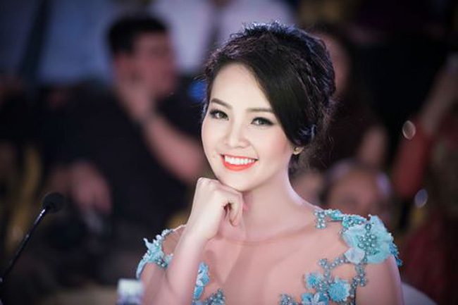 MC Thụy Vân kể về mối tình đầu siêu lãng mạn trên sóng truyền hình