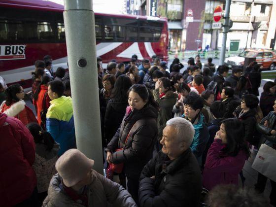 Dân Trung Quốc lũ lượt ra nước ngoài trốn Tết