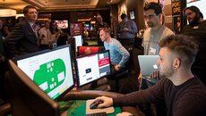 Máy tính đánh bại người, giành 800.000 USD tiền thưởng Poker