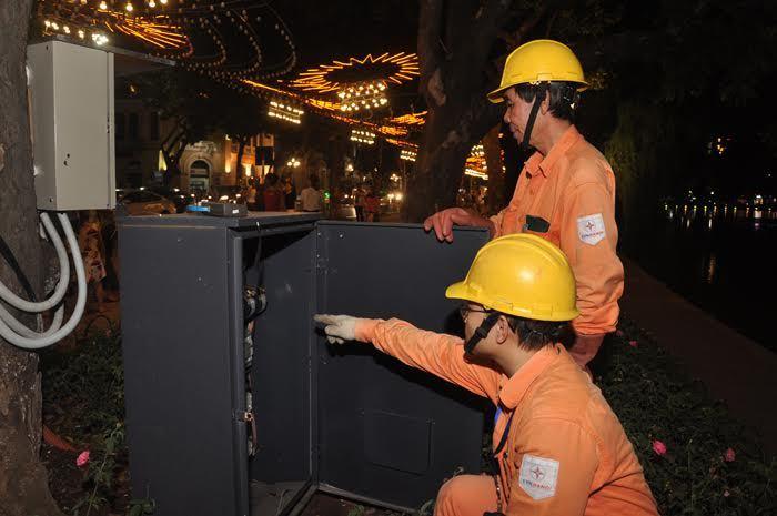 Tết đến dùng điện sao cho an toàn