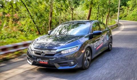 ô tô, mẫu xe mới, thị trường ô tô Việt Nam, ô tô đại hạ giá, thuế ô tô giảm từ 2018, doanh nghiệp ô tô, hãng xe