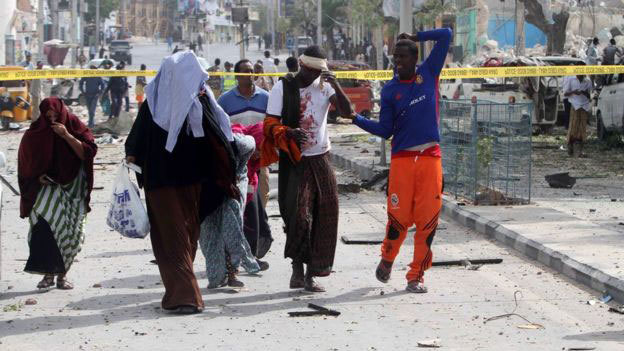 Tấn công man rợ ở Somalia, 60 người thương vong
