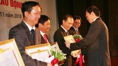 Xem xét thu hồi bằng khen, huân chương của Trịnh Xuân Thanh