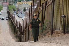 Trump dọa hủy gặp Tổng thống Mexico