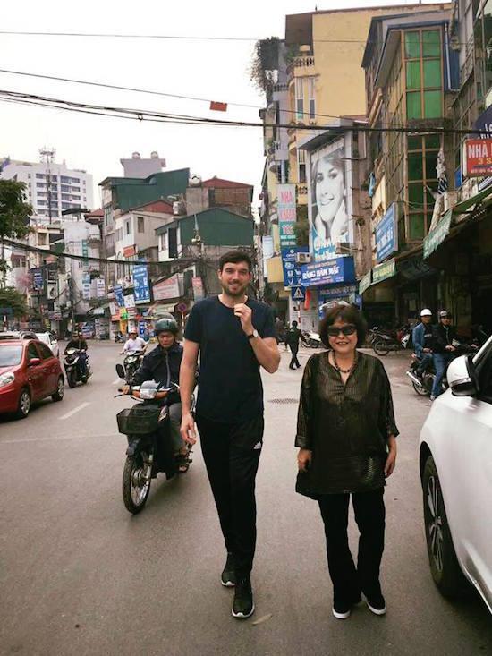 Hà Kiều Anh, Lệ Quyên ăn tất niên ở nhà Hồng Nhung