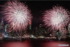 Thế giới tưng bừng đón Năm mới