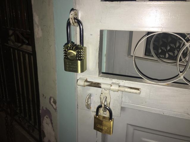 Tết, mua ổ khóa, chìa khoá xịn, ổ khóa thông minh, camera an ninh, giữ nhà ngày Tết, du lịch ngày Tết, năm con Gà, đêm giao thừa