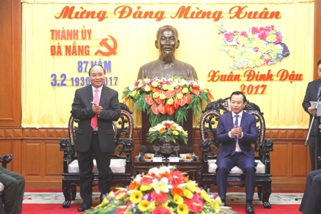 Thủ tướng 'xông đất', chúc Đà Nẵng tổ chức thành công APEC 2017