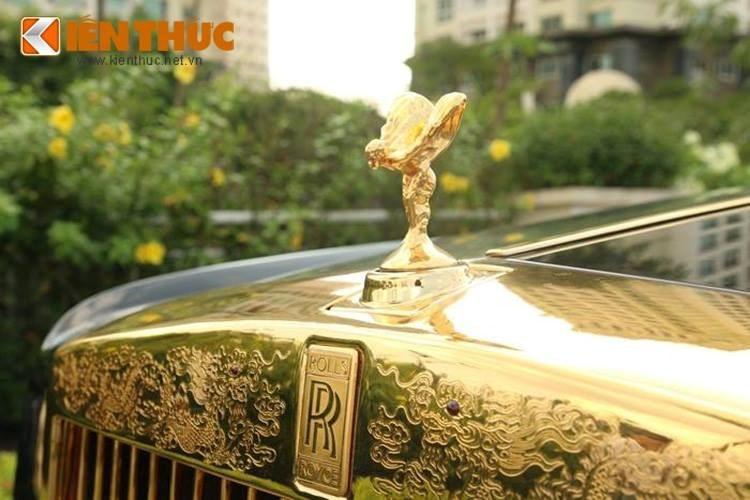 """Điểm mặt """"xế hộp"""" Rolls-Royce mạ vàng biển khủng tại VN"""