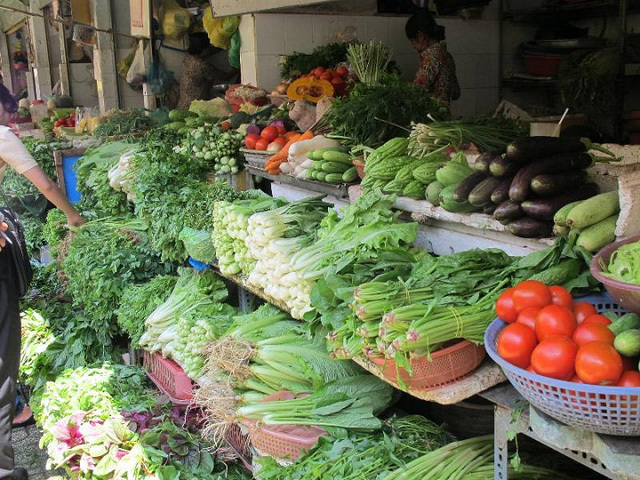 giá rau xanh, khoai tây, thực phẩm thiết yếu, tiểu thương, rau muống, mức tăng mạnh, tết nguyên đán
