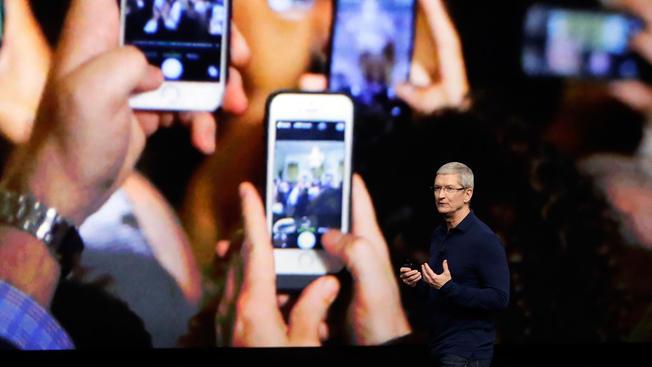 iPhone bán chạy chưa từng thấy, Apple lập kỷ lục doanh thu
