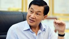 Bố chồng Hà Tăng nói chuyện xài hàng hiệu
