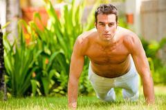 Ăn những thứ này giúp quý ông giảm cân nhanh sau Tết