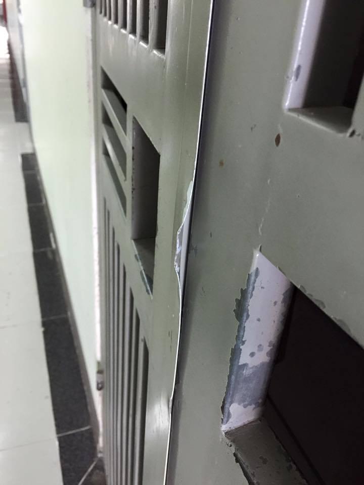Về nhà sau tết, hốt hoảng thấy căn hộ bị cạy méo cửa – VietNamNet