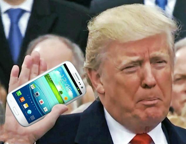 Donald Trump sẽ gặp nguy hiểm nếu vẫn dùng điện thoại cũ