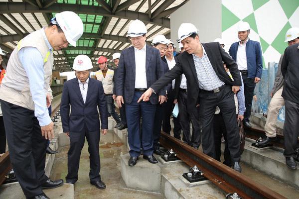 Phó Thủ tướng: Đẩy nhanh tiến độ đường sắt đô thị
