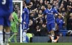 Nhấn chìm Arsenal, Chelsea hát vang khúc độc hành