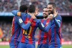 Messi lập kỷ lục đá phạt, Barca thắng như đi dạo