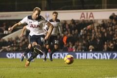 Harry Kane bừng sáng, Tottenham tiếp tục bám đuổi Chelsea