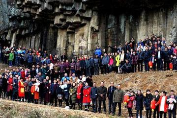 Xem đại gia đình 500 người, 6 thế hệ