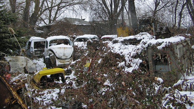Nghĩa địa siêu xe: Những huyền thoại mục nát