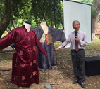 'Đừng áp đặt áo dài đời thường vào quy chuẩn quốc phục nghi lễ'