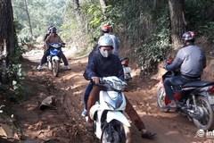 Nghề 'bán xe ăn dần' dưới chân núi Chùa Hương Tích