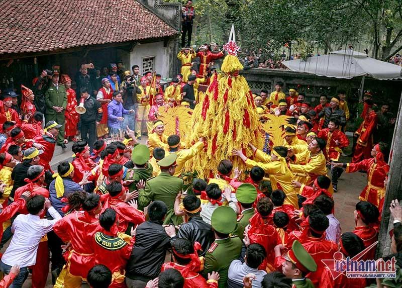 Lễ hội đầu năm, Đi lễ đầu năm, chùa Hương, Hội Gióng, Dâng sao giải hạn chùa Phúc Khánh, Khai ấn đền Trần