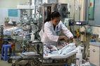 Bác sĩ chạy khắp Sài Gòn tìm máu cứu sống bé 2 ngày tuổi