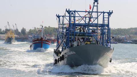 Đội tàu thép của ngư dân thẳng tiến Hoàng Sa