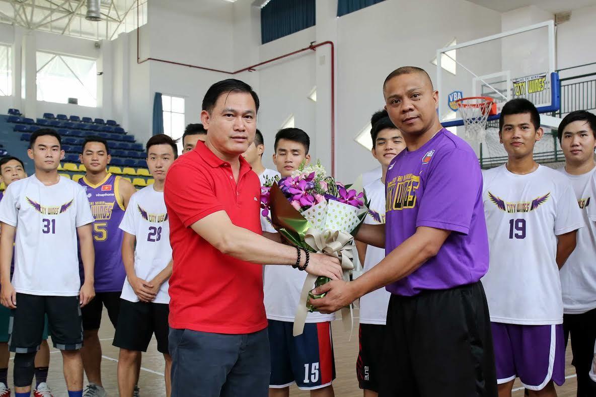 bầu Tú, bóng rổ VBA, Hồ Chí Minh City Wings