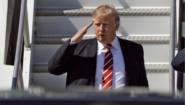 Trump thề chỉ cho 'những người yêu Mỹ' nhập cảnh