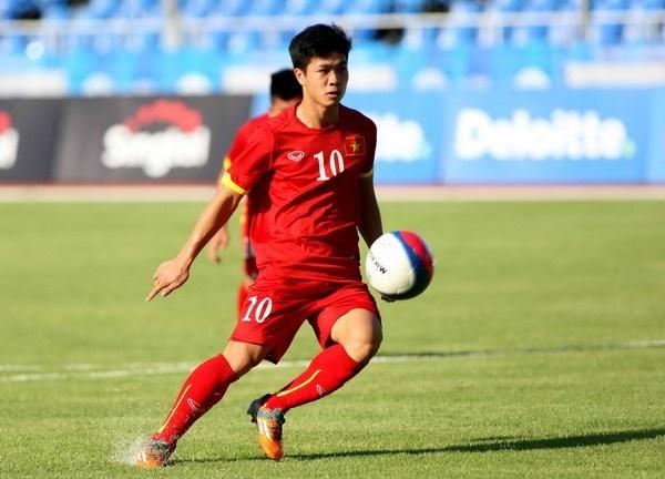 """BLV Quang Huy: """"Công Phượng nên dự bị, không nên cố"""""""