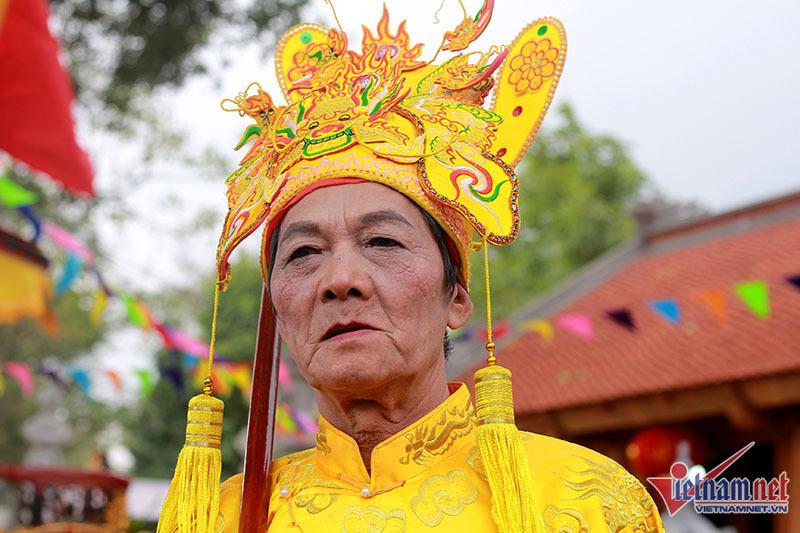 Độc nhất Hà thành: Kiệu chúa bay, kiệu vua vung tiền