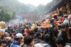 GĐ Trung tâm hỗ trợ xuất khẩu đi lễ chùa giờ hành chính