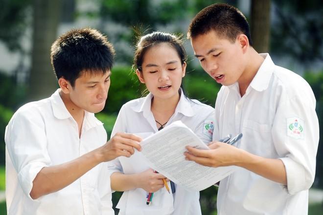 Trường đầu tiên sử dụng kết quả bài thi tổ hợp xét tuyển đại học