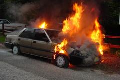 Liên tiếp ô tô tự dưng bốc cháy: Thủ phạm ở đâu?