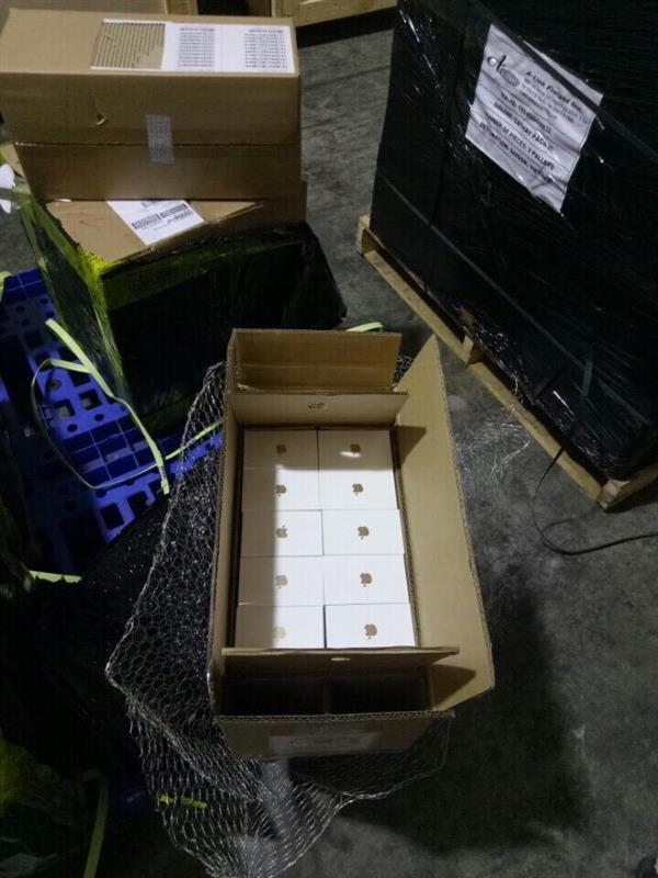 Ly kỳ vụ ông sếp 'ảo' và 178 chiếc iPhone 7 biến mất