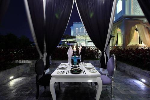 Dạ tiệc tình nhân trong lâu đài TajmaSago Tiffany, TP.HCM