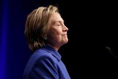 "Hillary ""nói móc"" Trump sau phán quyết mới"