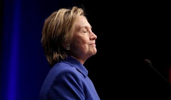 "Hillary 'nói móc"" Trump sau phán quyết mới"