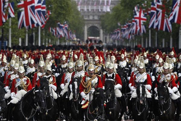 Khả năng ẩn mình siêu đẳng của kỵ binh Anh