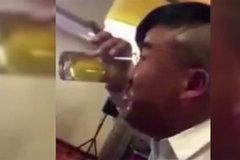 Clip dùng mũi hít cạn cốc bia gây sốt