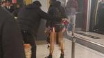 Ném bom xăng trên tàu điện ngầm Hong Kong