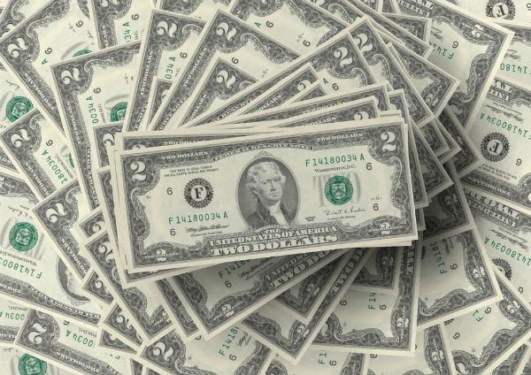 Tỷ giá ngoại tệ ngày 11/2: Niềm tin giảm, USD quốc tế tăng