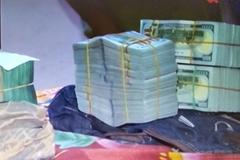 Nửa triệu USD không rõ nguồn gốc bị tạm giữ