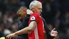 Mourinho cạnh khóe Chelsea, lý giải chuyện Martial đá chính